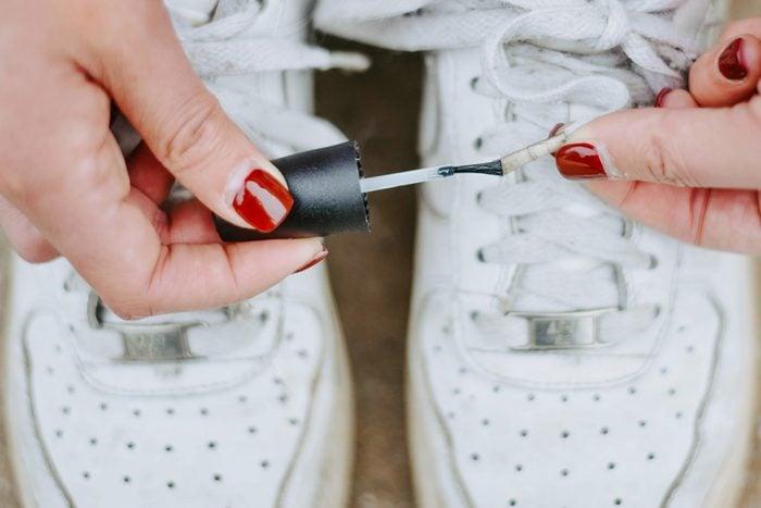 nail polish uses fixes