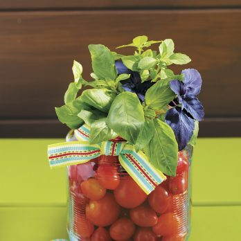 Adorable! This Edible Basil Bouquet Is the Perfect Hostess Gift for Summer