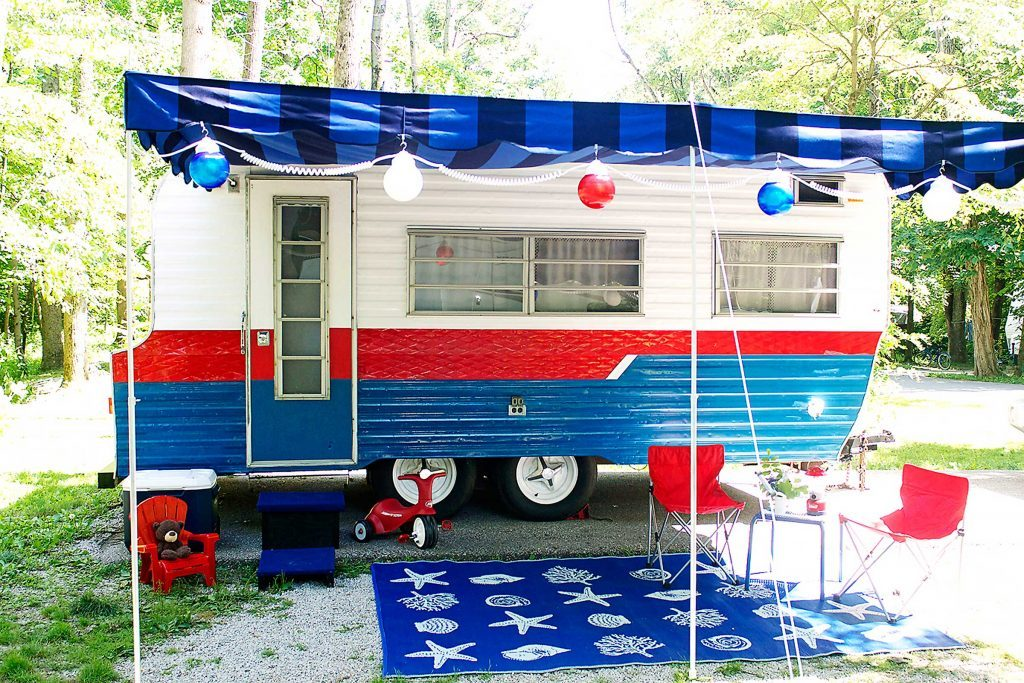 country-woman-happy-campers-camper