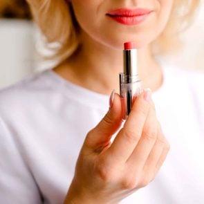 01-make-beauty-supplies-last-lipstick