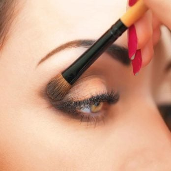 7 Simple Makeup Tips to Make Your Eyes Pop