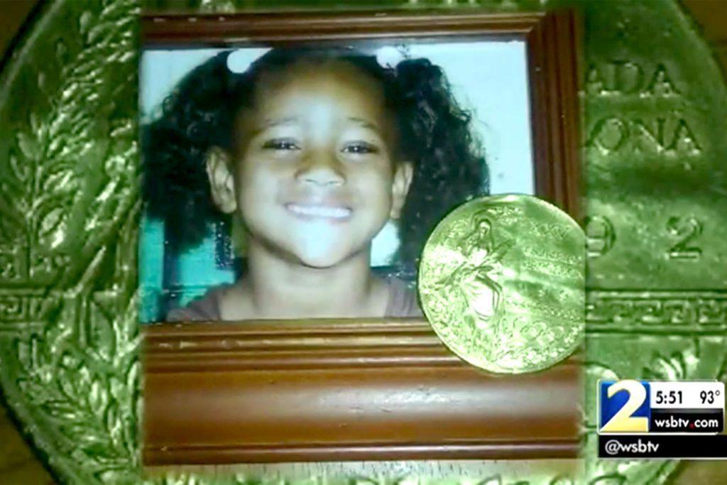 girl-stolen-olmypic-medal