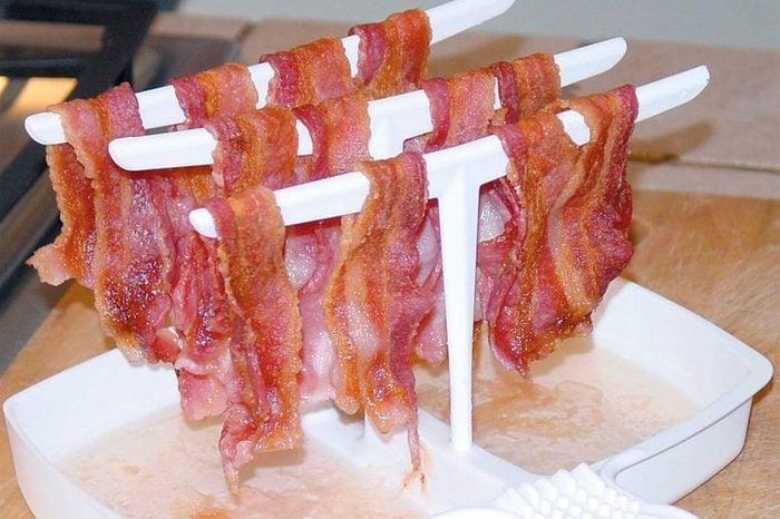 weird-kitchen-gadgets-bacon-rack