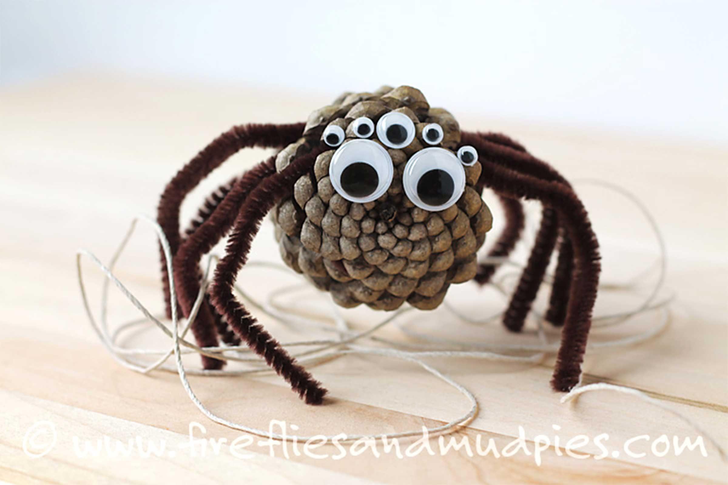 Easy Halloween Crafts for Kids | Reader's Digest