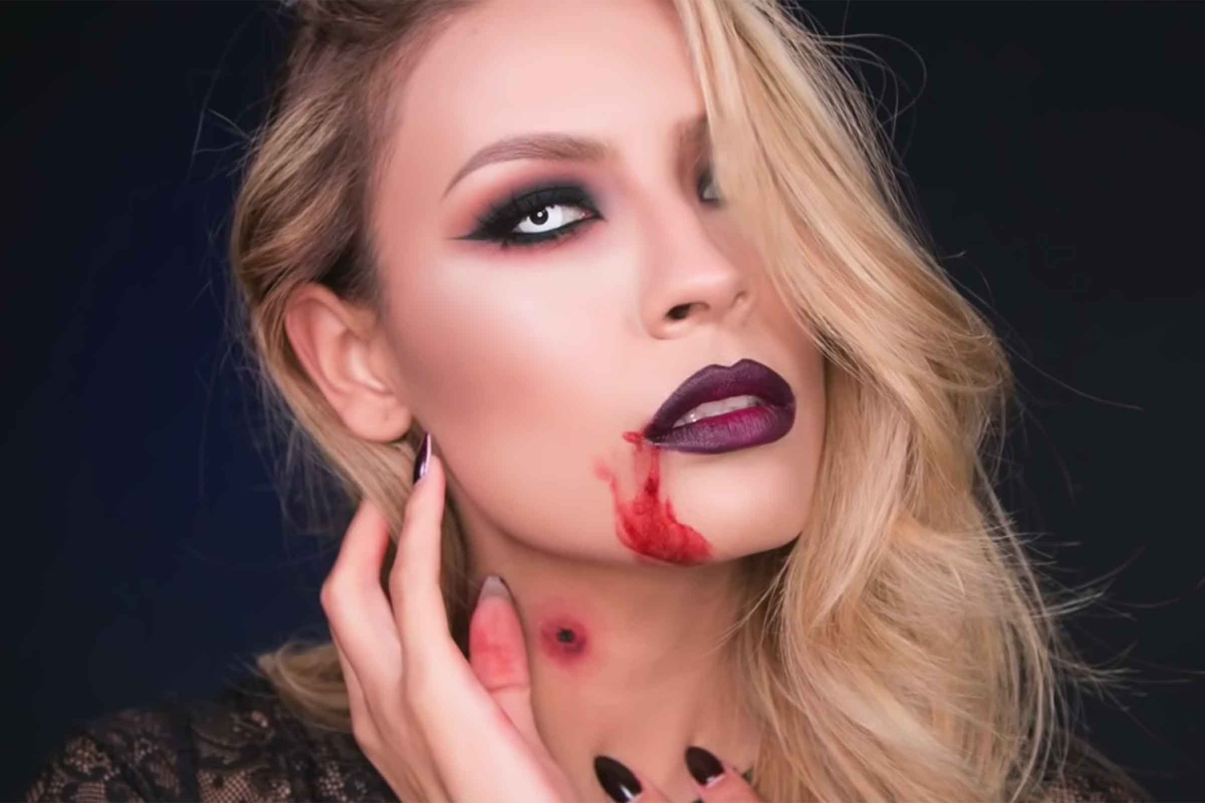 Easy halloween makeup ideas anyone can master readers digest vampire solutioingenieria Images