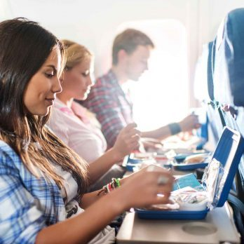 10 Little Etiquette Rules for Flying on an Airplane