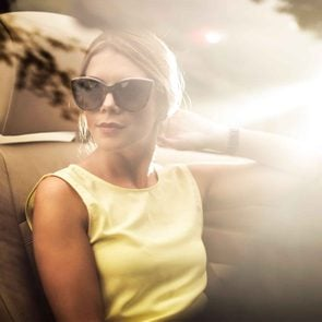 06-audrey-hepburn-style-sunglasses