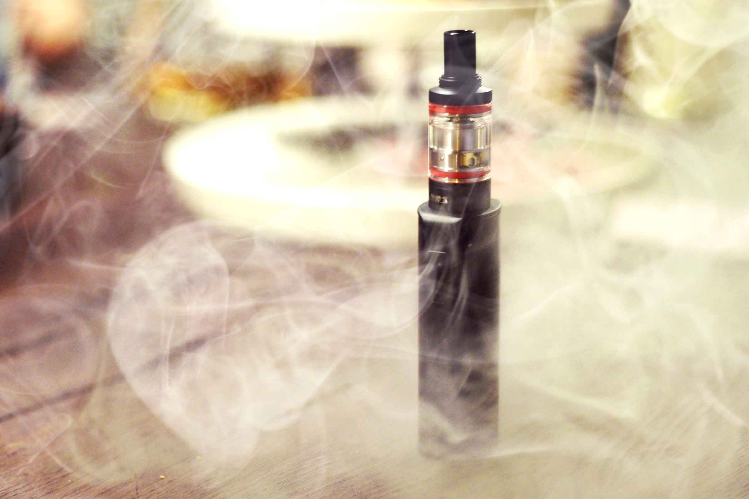 E-cigarettes Side Effects: How E-cigs Affect Your Body | Reader's Digest