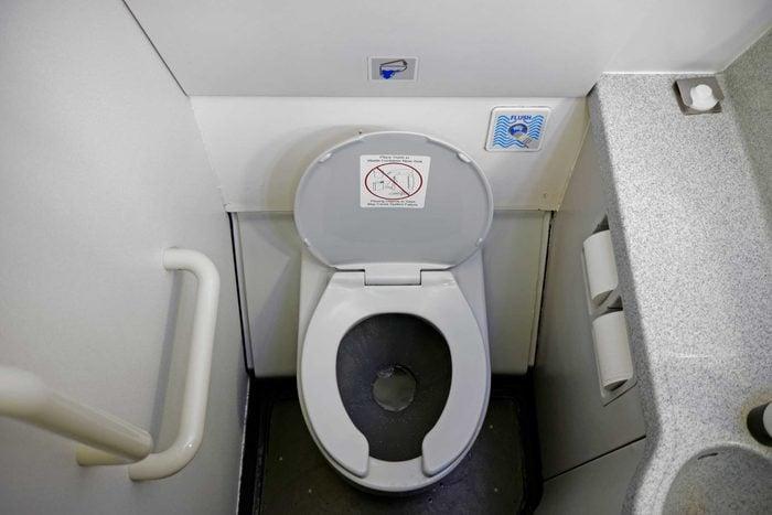 11_flush_button_travel_tips_airplane_wellesenterprises