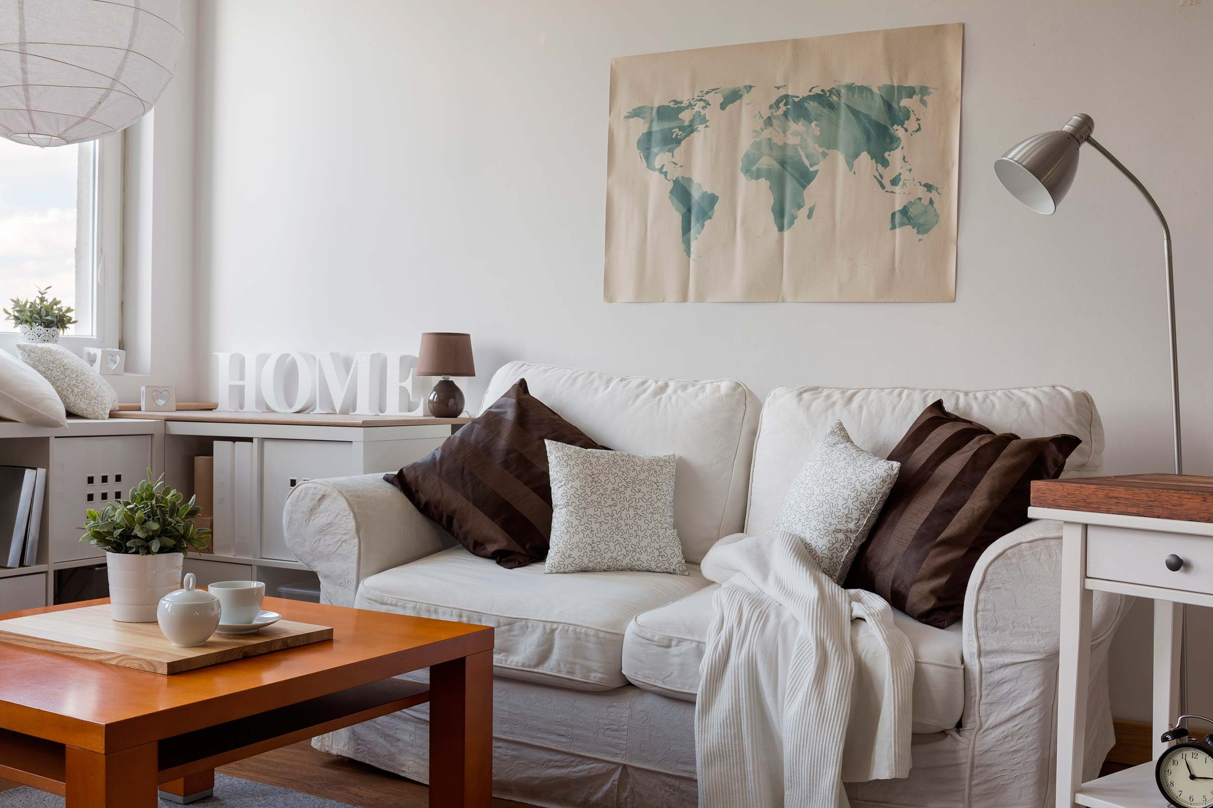 Decorate and Style Your Couch Without Reupholstering | Reader\'s Digest