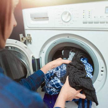 7 Ways Not to Ruin Your Clothes in the Laundry
