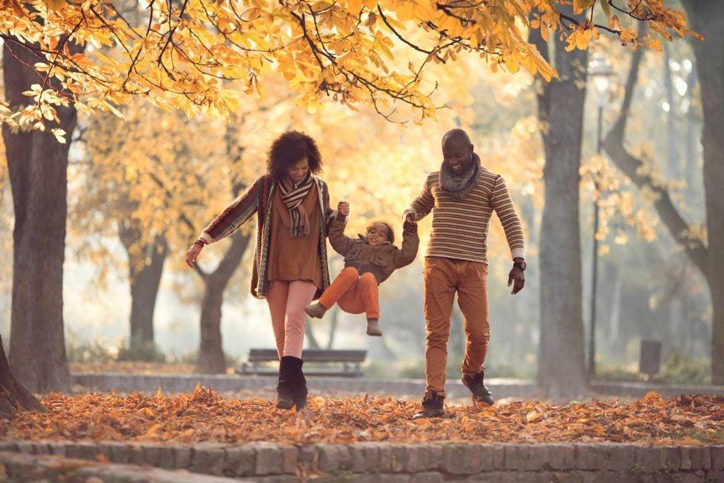 04_things_must_add_fall_bucket_list_play_leaves_skynesher
