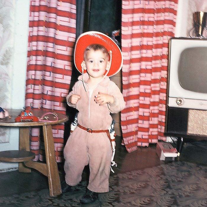 _cowboy-brilliant-vintage-halloween-costumes