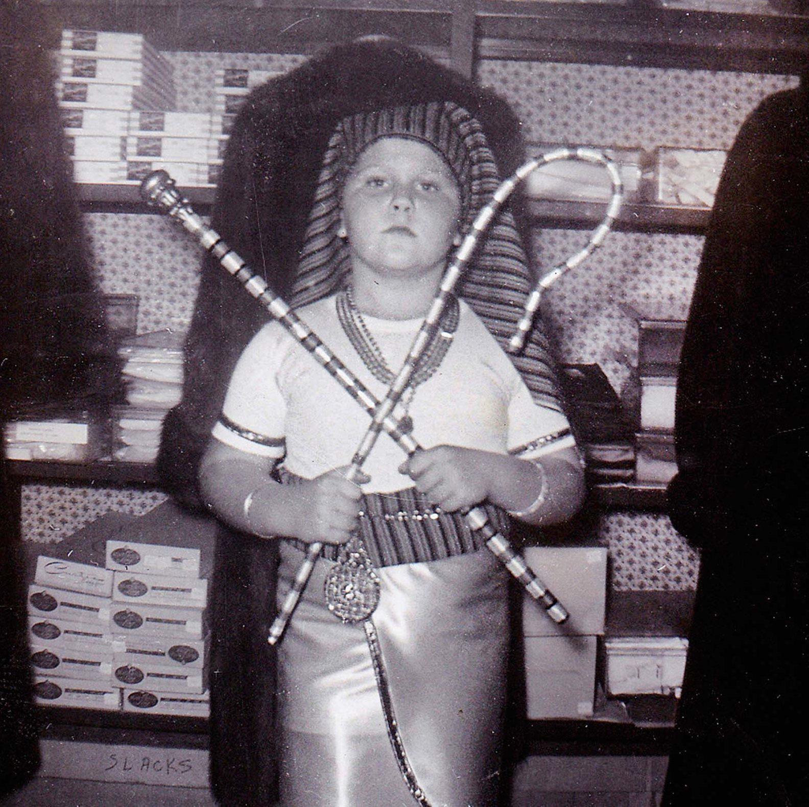 _pharaoh-brilliant-vintage-halloween-costumes