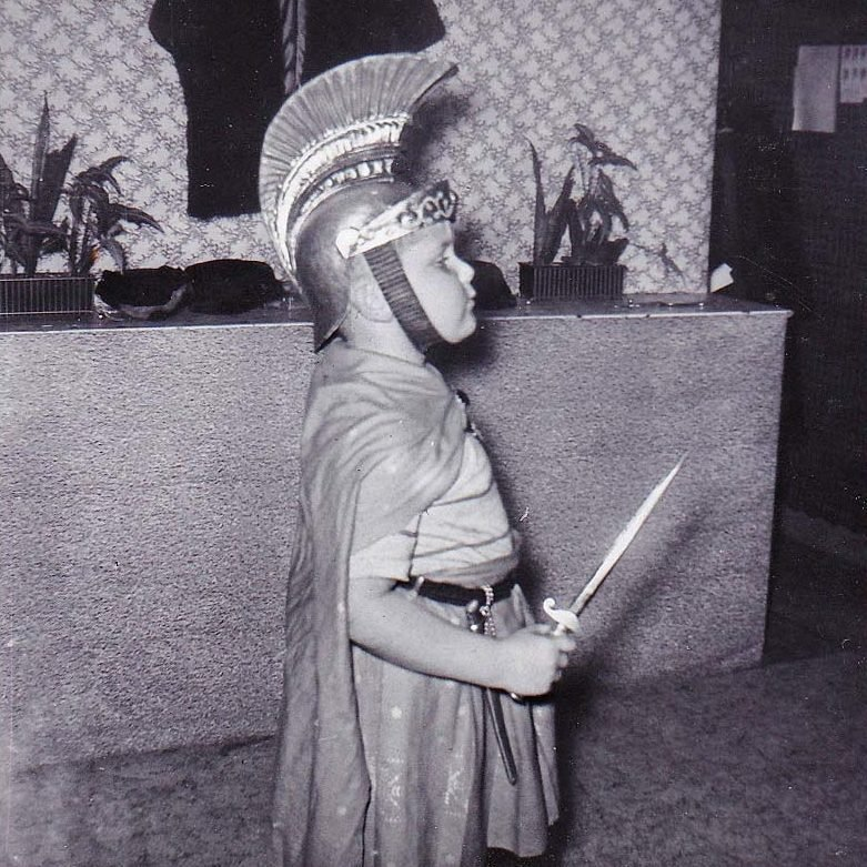 _roman-brilliant-vintage-halloween-costumes