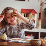 20 Best Thanksgiving Games for the Whole Family to Play