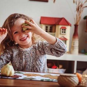 01-opener-thanksgiving-entertainment-for-kids-Mkovalevskaya