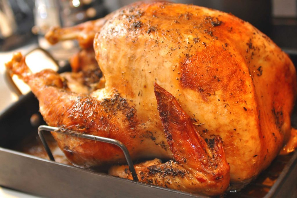 tips for buying the perfect turkey | reader's digest