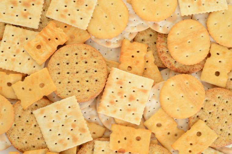 03-crackers-grocery-sales-between-thanksgiving-and-christmas