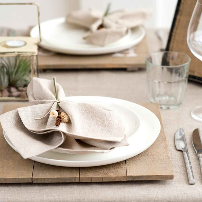 Go Ahead and Memorize This Easy Guide to Thanksgiving Table Setting