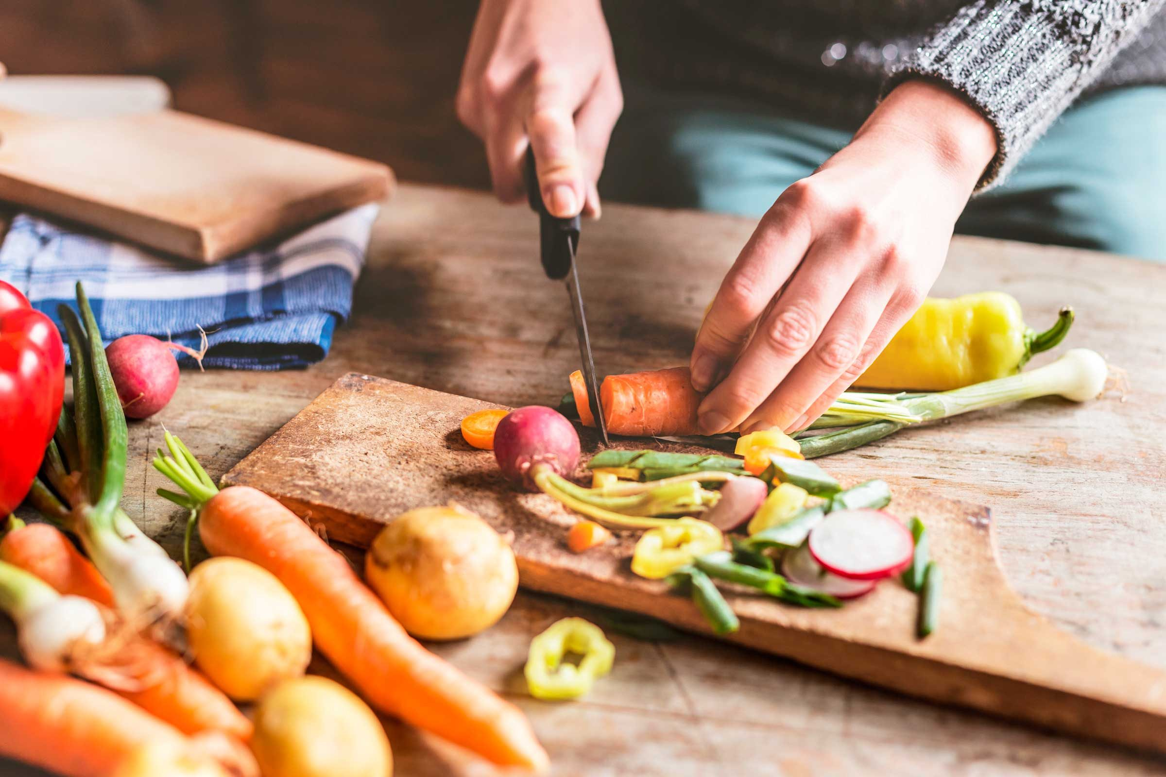 how can we make less food waste