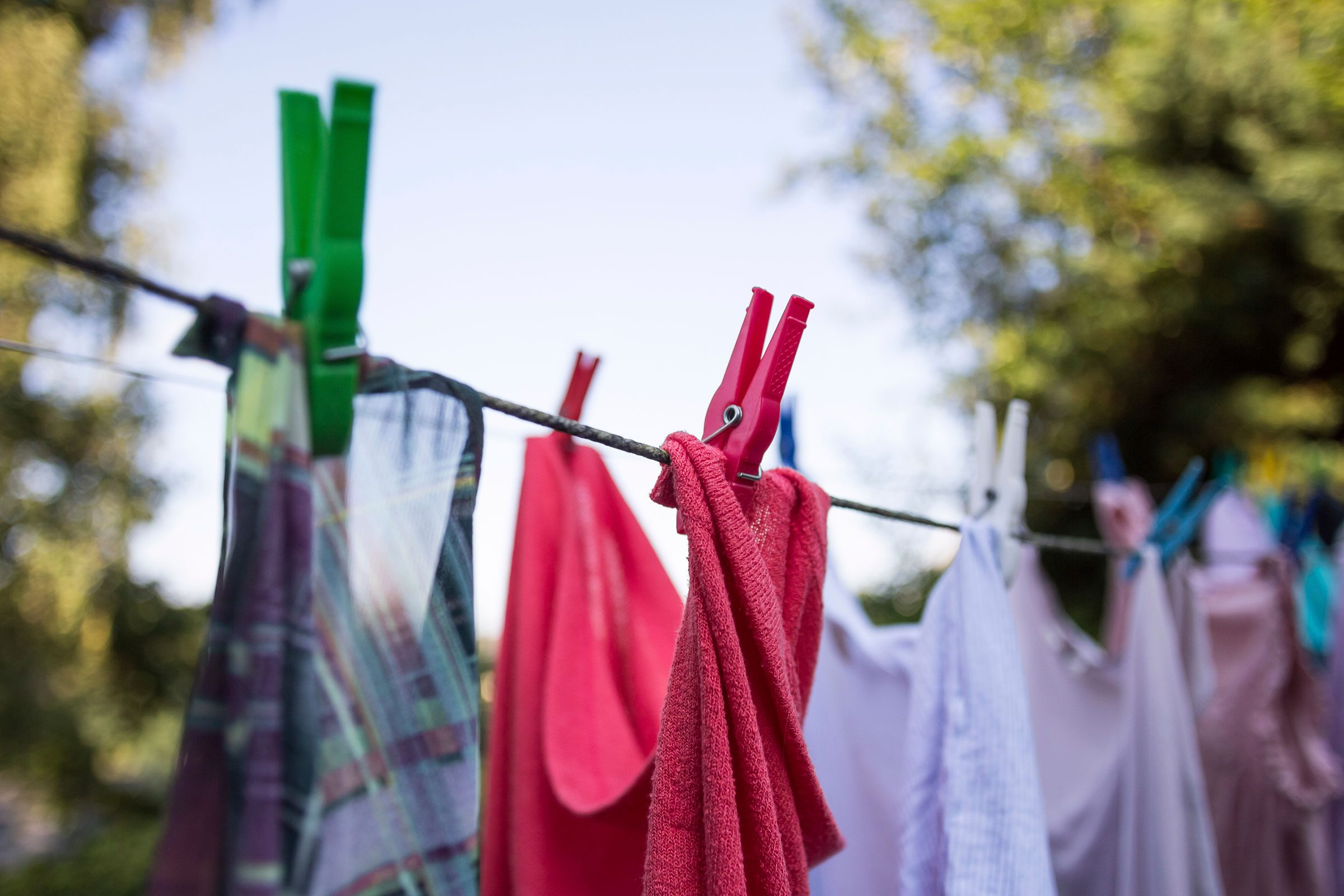 How To Make Your Clothes Smell Good In The Dryer how to get smell out of clothes | reader's digest