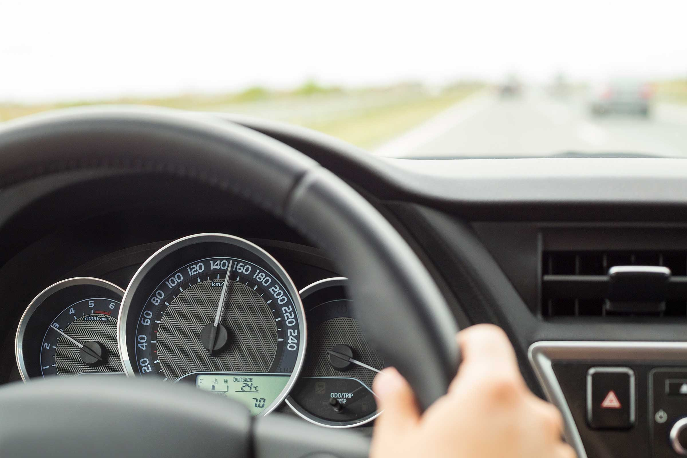 driving etiquette rules for the road reader s digest