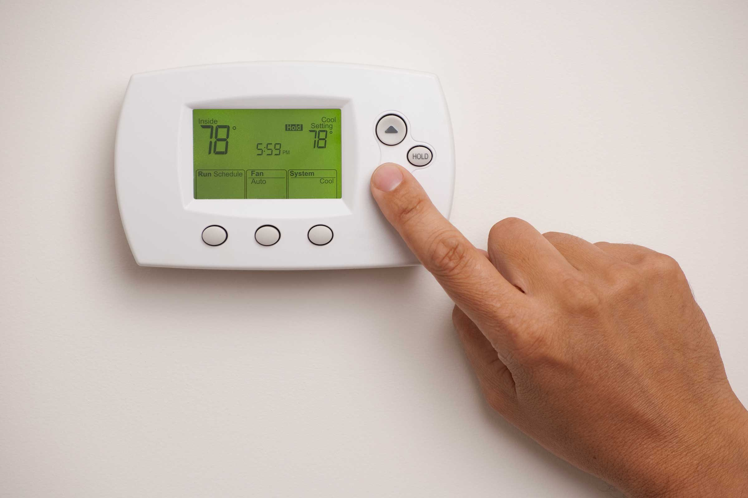 save money on your energy bill this winter | reader's digest