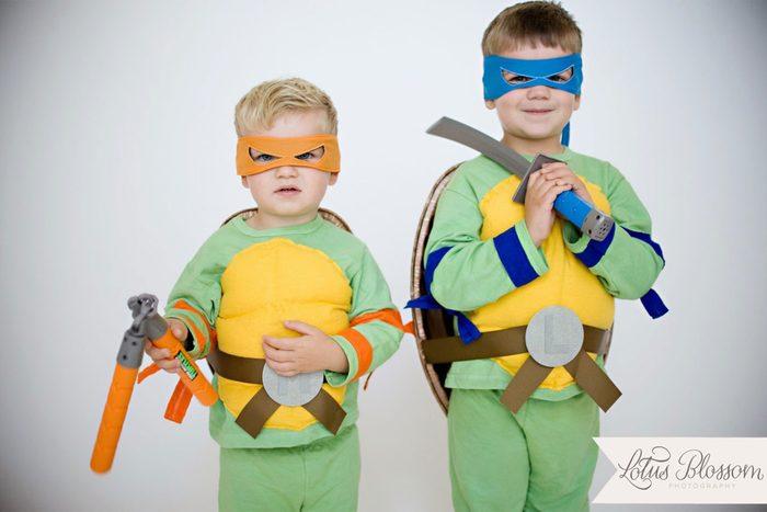06-cheap-kid-halloween-costumes