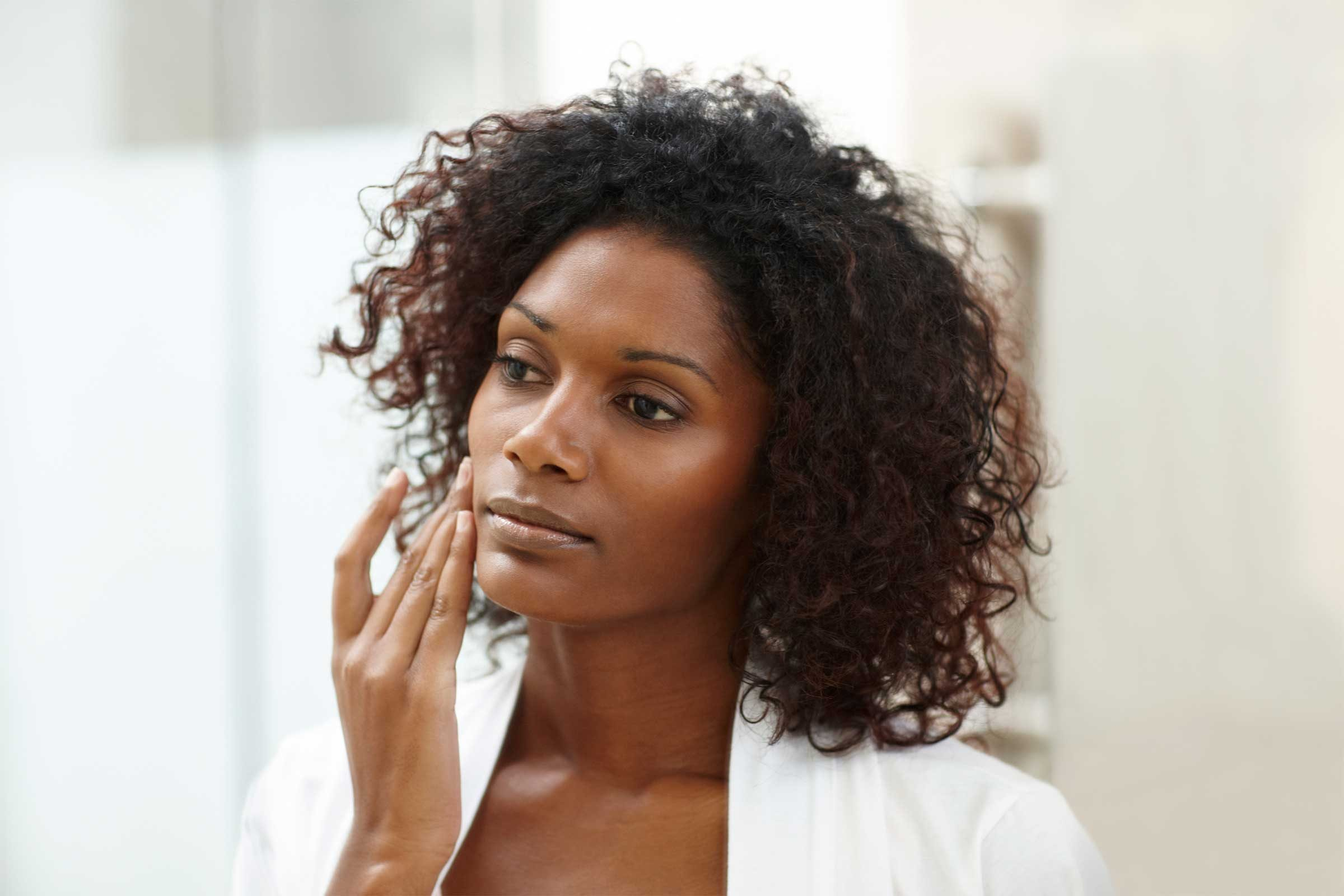 Beauty Secrets for Women With Large Pores | Reader's Digest