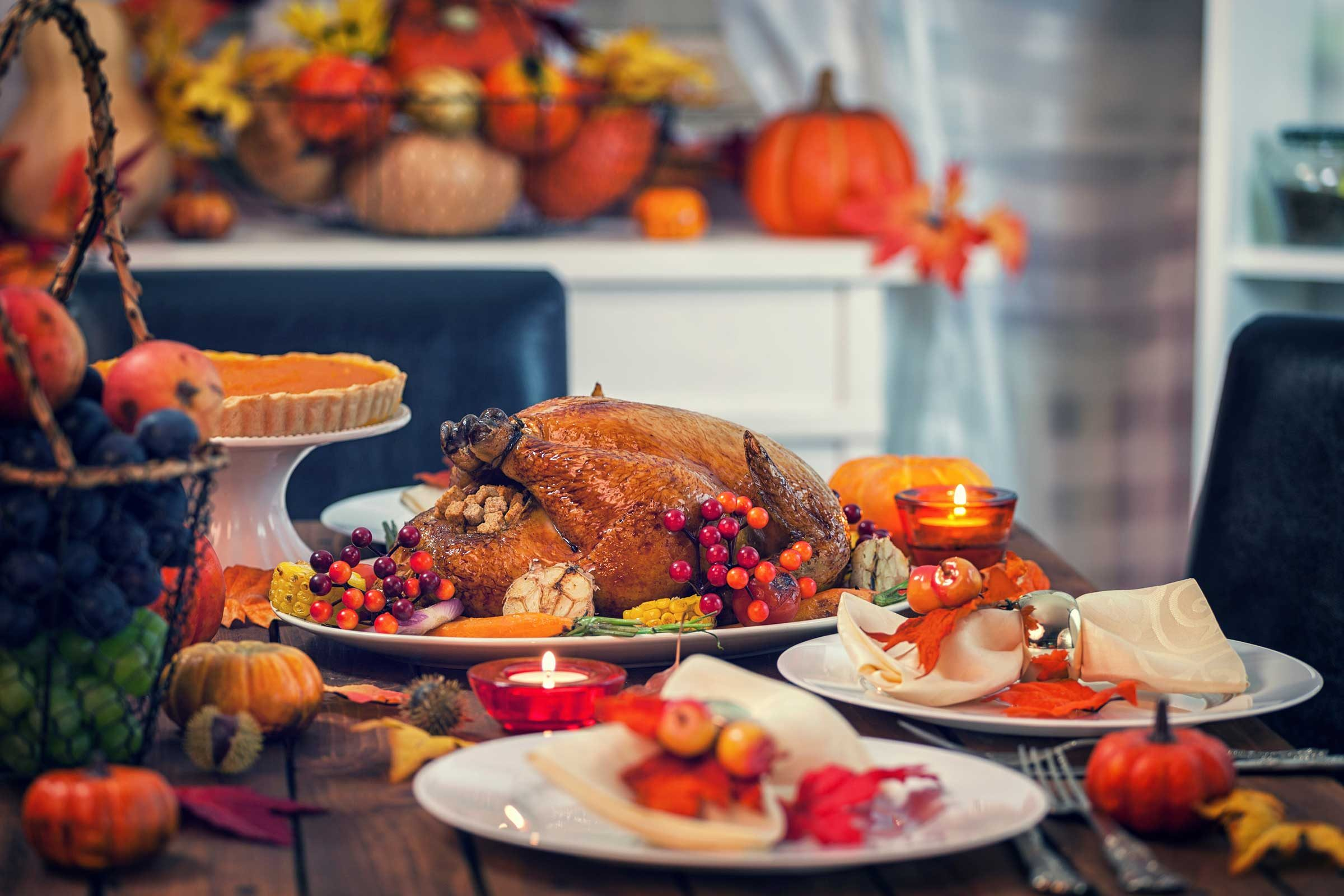 09-spread-youre-going-want-steal-thanksgiving-traditions