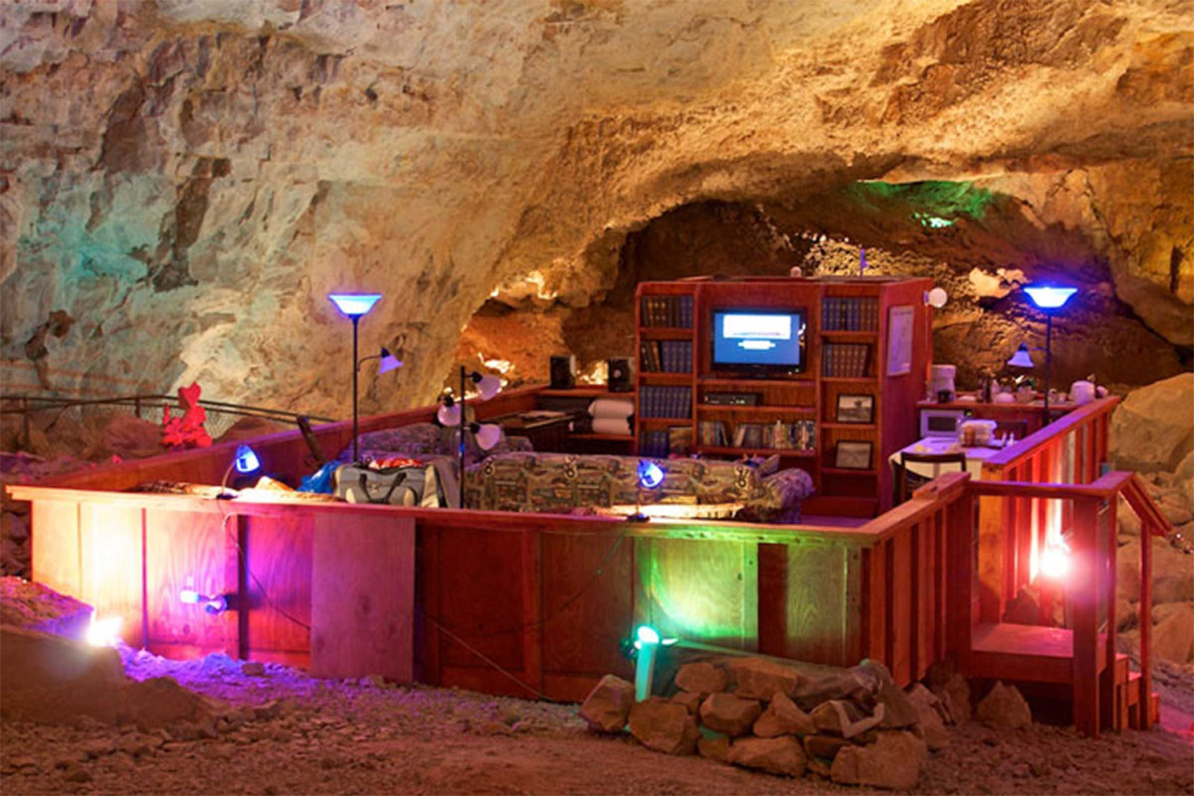 The Grand Canyon Caverns Suite Peach Springs Arizona