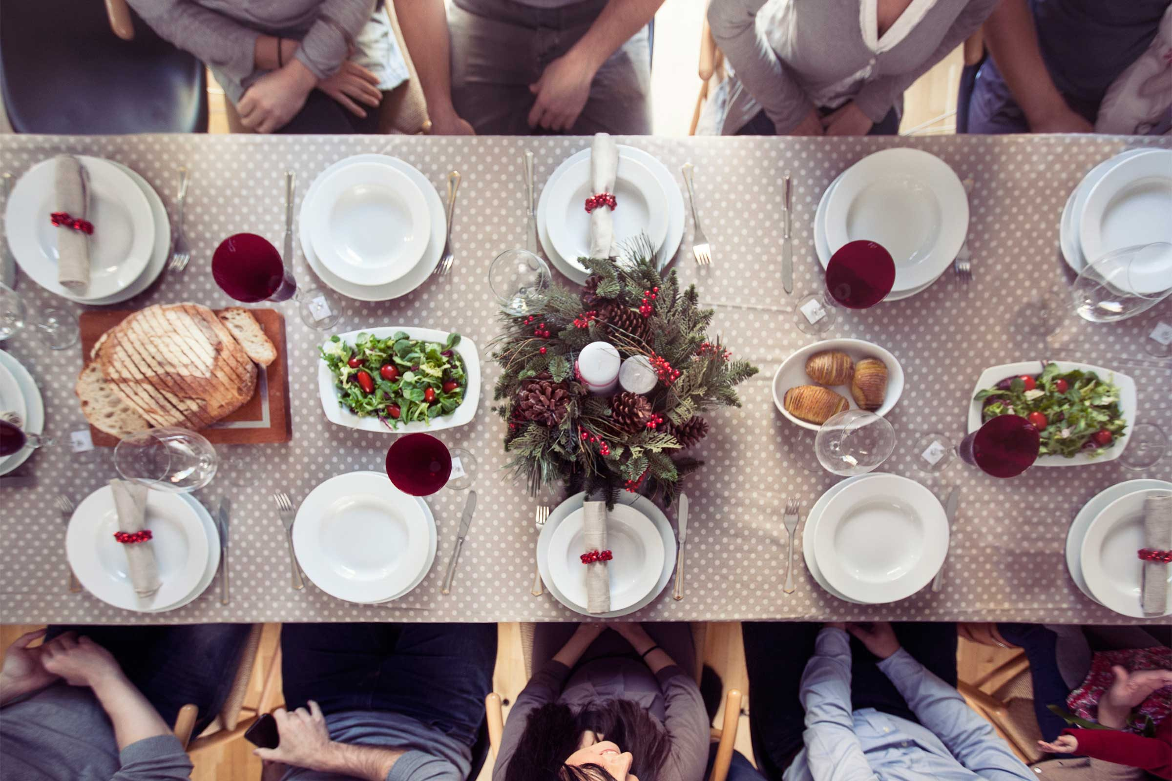 how to make a seating chart for a holiday dinner reader s digest