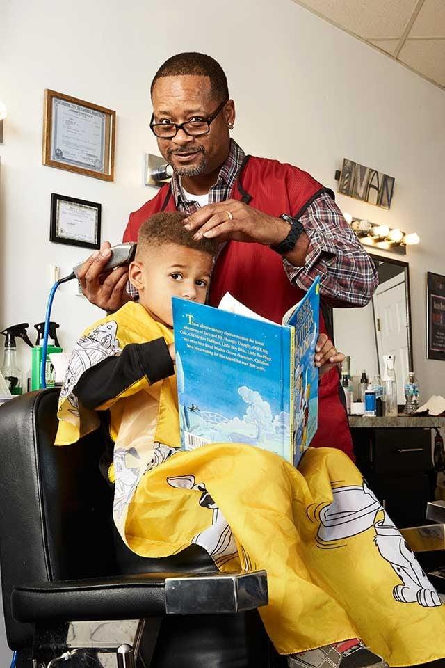 barber_cuts_kids_hair_free_catch