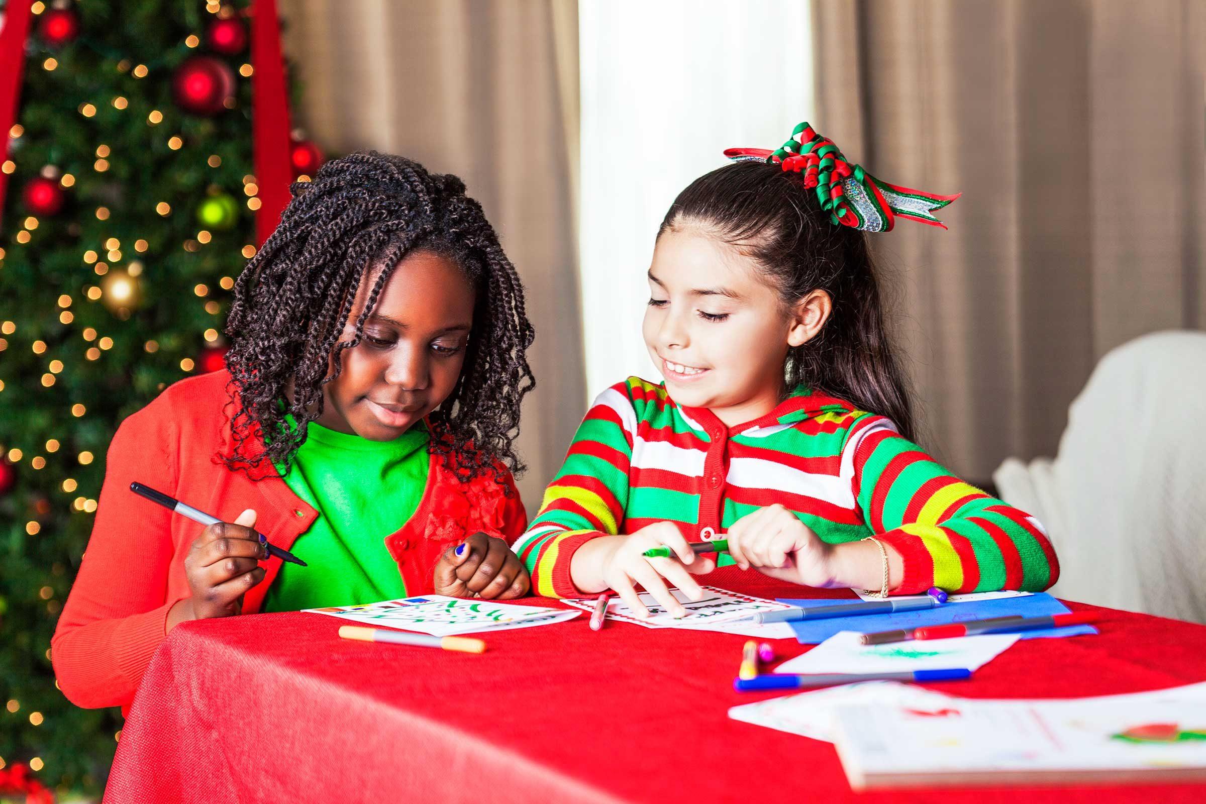 istocksteve debenport - Kids Santa