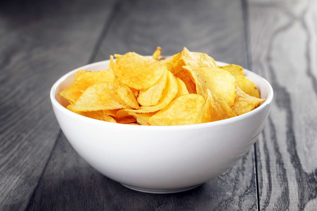 tiny_weight-loss_resolutions_actually_keep_chips_bowl