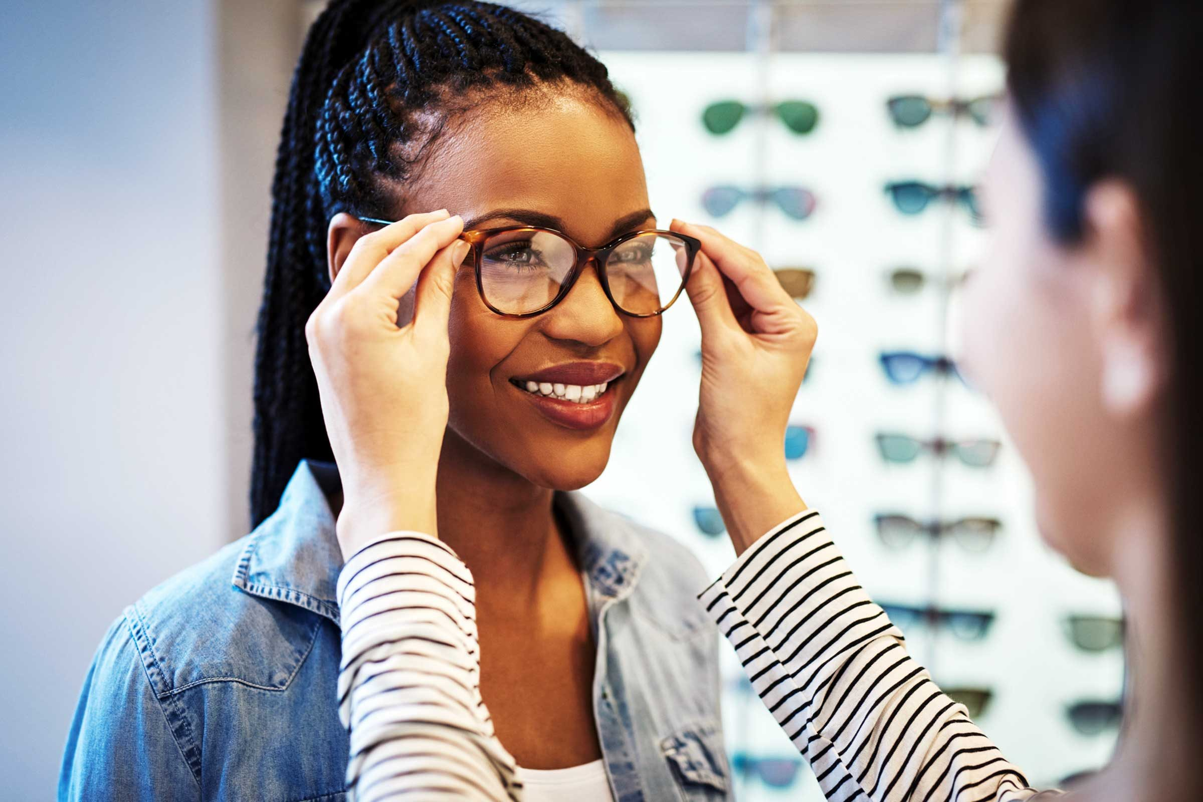 Best Progressive Lenses 2020.What Eye Experts Won T Tell You About Glasses The Healthy