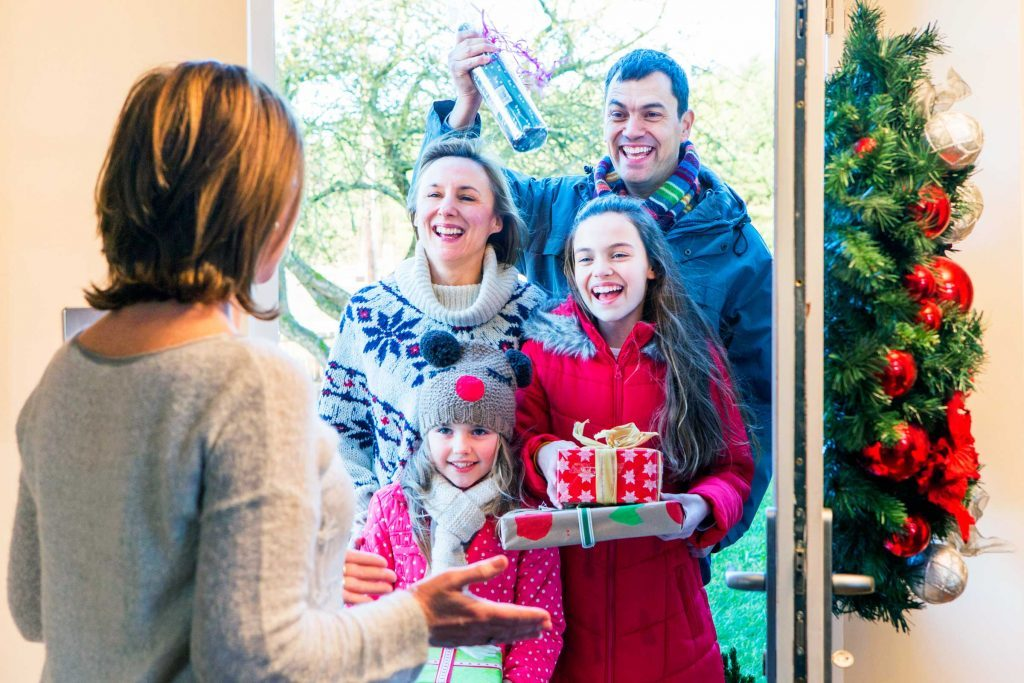 ways_get_over_holiday_humbug_dreaded_family_visits