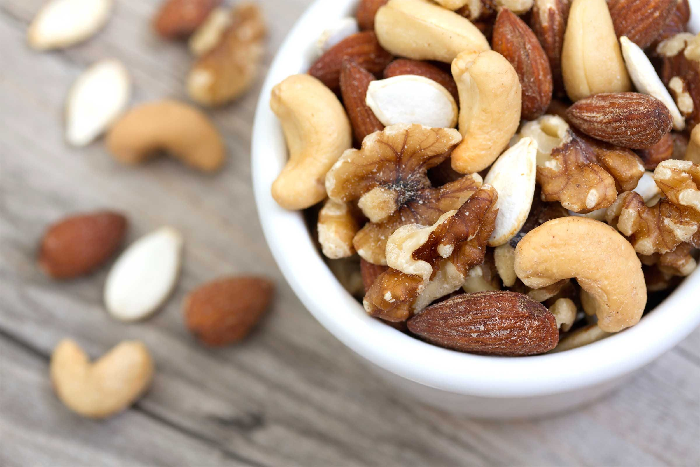 Healthy lung foods to help you breathe better readers digest nuts forumfinder Gallery