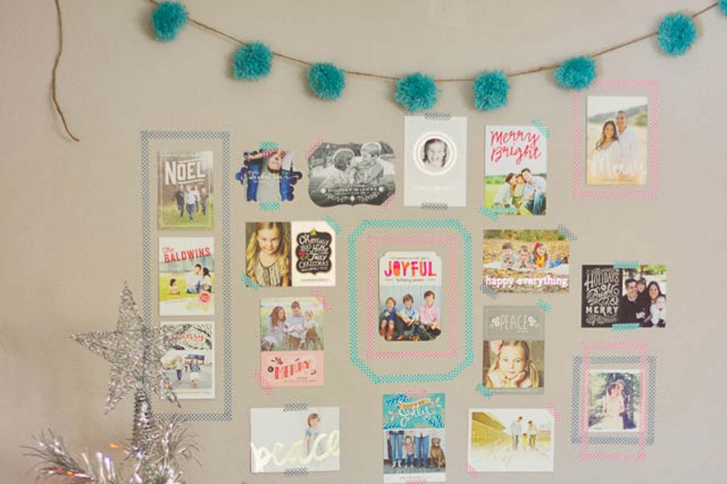 What to Do With Christmas Cards: Creative Displays | Reader\'s Digest