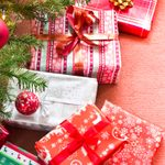 This Sales Clerk's Story Will Make You Long for a Small-Town Christmas