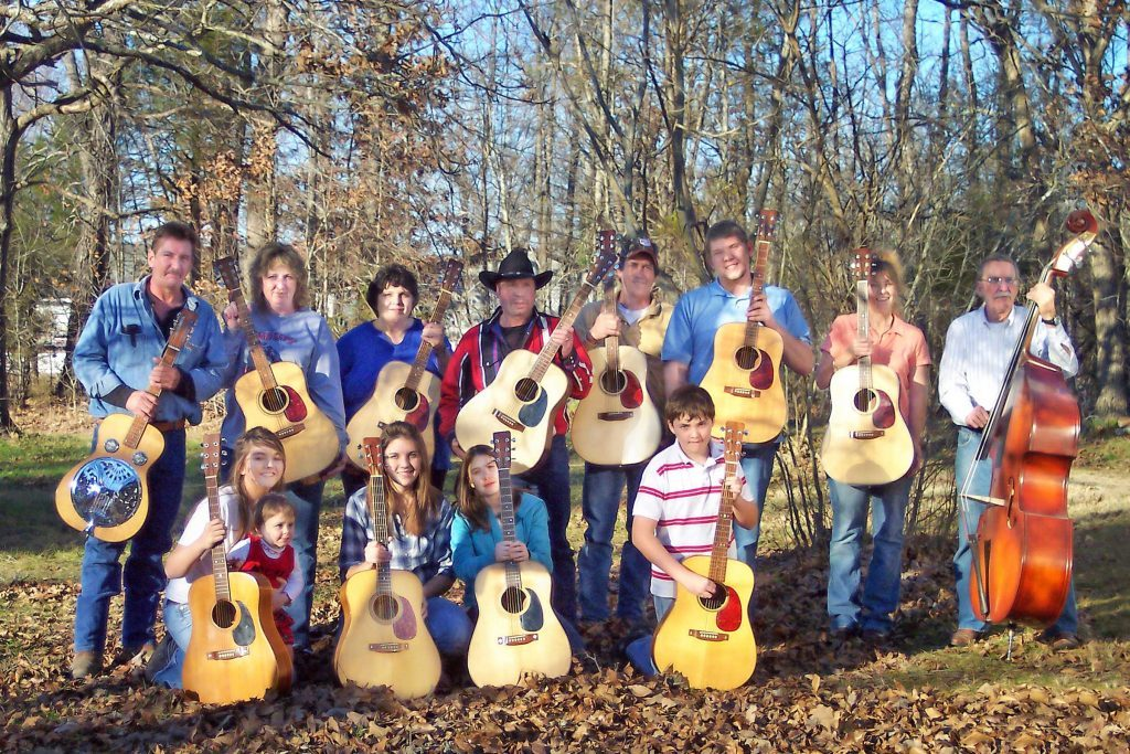 this-father-gave-his-family-handmade-guitars-for-christmas