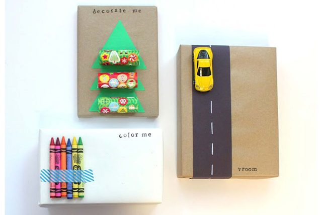 ways-wrap-gift-without-wrapping-1-lines-across