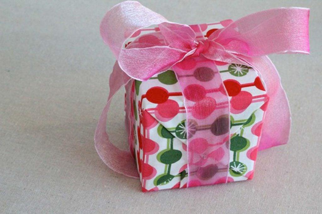 ways-wrap-gift-without-wrapping-Katrina-Tauchen,-Splash-of-something