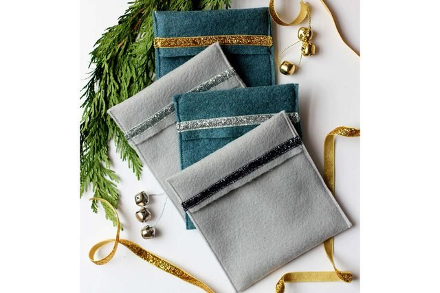 ways-wrap-gift-without-wrapping-Sara-Albers-of-Alice-&-Lois