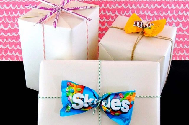 ways-wrap-gift-without-wrapping-crafting-in-the-rain