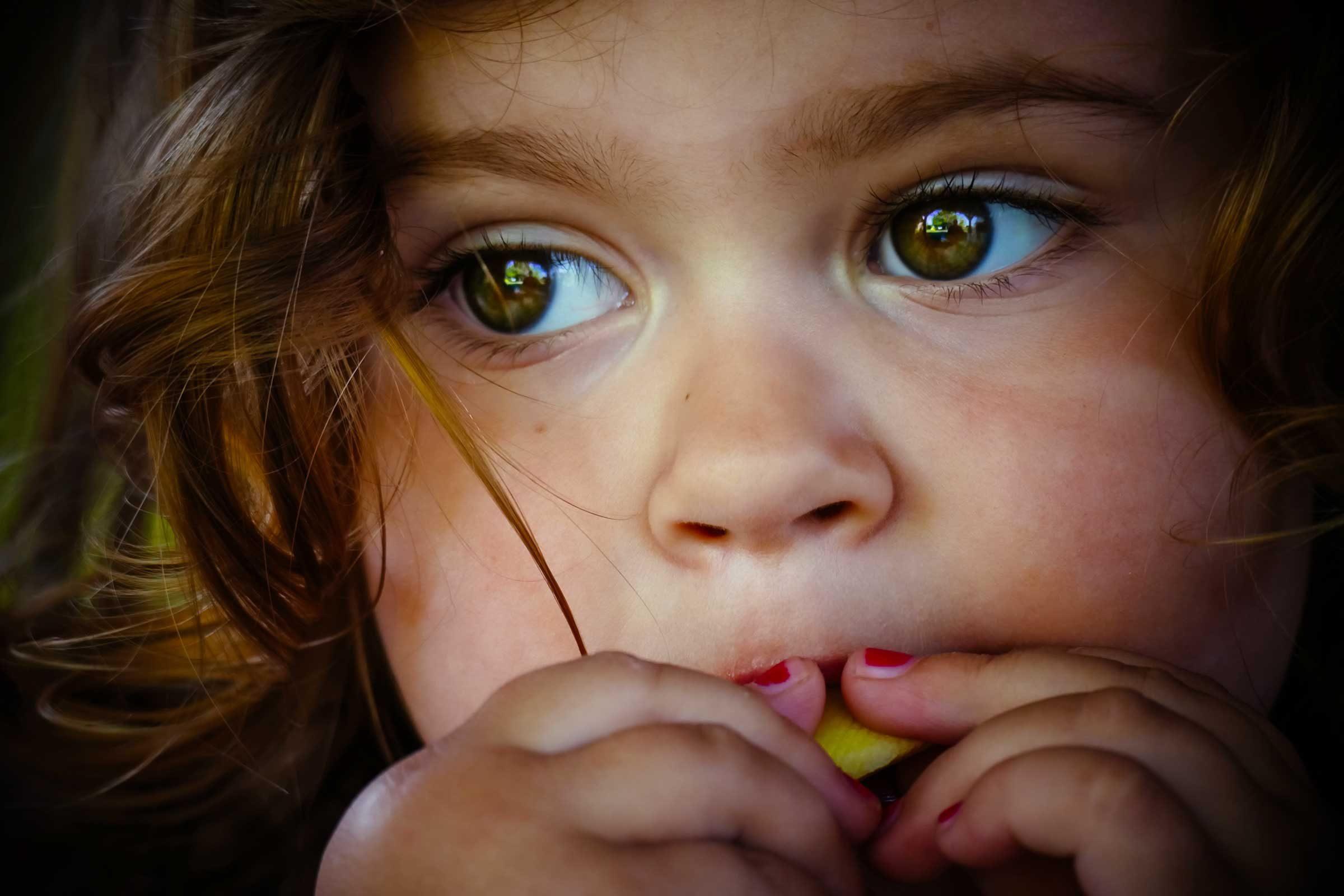 Lazy Eye Symptoms: Do You Have Lazy Eye?   The Healthy