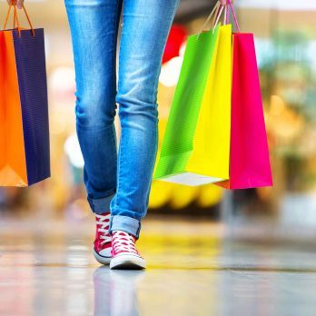 Mall Walking Could Help You Burn Calories This Winter