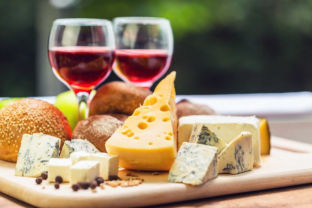 wine and cheese party wine and cheese pairings and tips reader s digest 12121