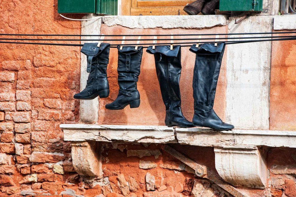 tips_make_winter_boots_last_longer_dry_shoes